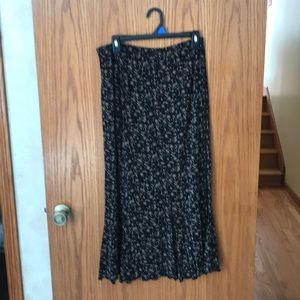 Woman's size large skirt